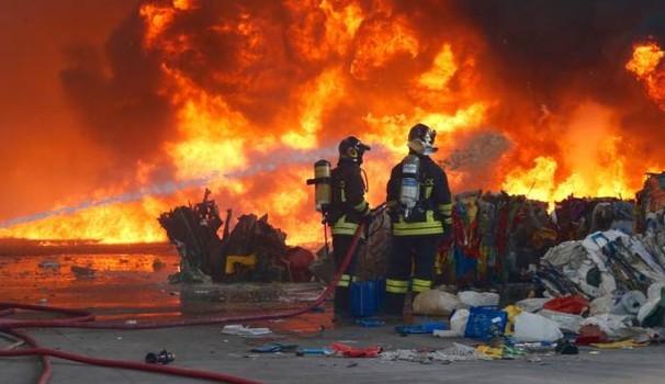 Meno rischi nella gestione rifiuti e nella prevenzione incendi: le linee guida del Ministero