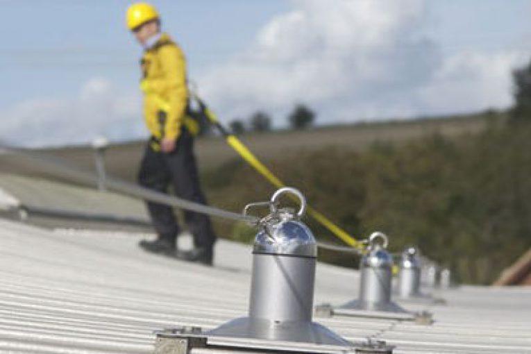 Inail: la sicurezza nei lavori sulle coperture e gli ancoraggi