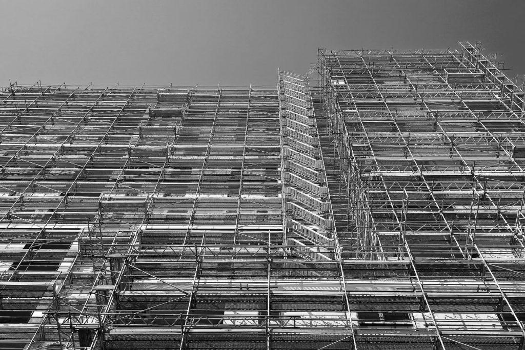 Inail: i riferimenti normativi e la classificazione dei ponteggi fissi